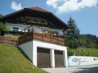Apartment Speiereck - Saint Michael im Lungau vacation rentals