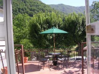 Casa Monica - Bagnone vacation rentals
