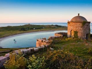 Les Pourciaux Cottage Alderney - Alderney vacation rentals