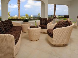 Beautiful 2 BR Oceanfront Downtown Condo - Kralendijk vacation rentals