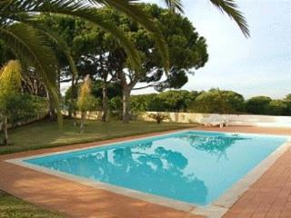 Quinta das Salinas Townhouse - Quinta do Lago vacation rentals