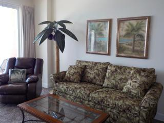 SUNRISE BEACH * New Carpet * Beach Service & WIFI - Panama City Beach vacation rentals