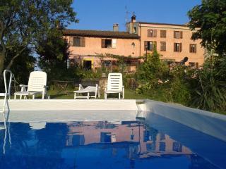LAVANDA - Casa Vacanze Gaia - Santa Maria della Versa vacation rentals
