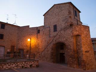 Torretta Medioevale in Toscana - Grosseto vacation rentals