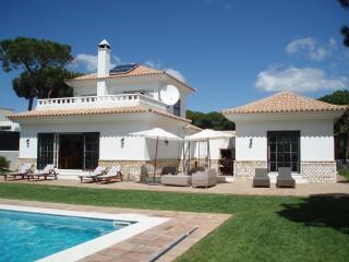 Villa Limonero, private pool and free wi fi - Province of Huelva vacation rentals