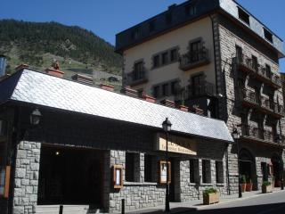aparthotel llempo - Canillo vacation rentals