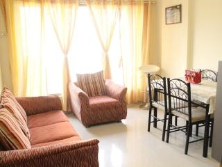 Budget Apartment in Malad West - Mumbai (Bombay) vacation rentals