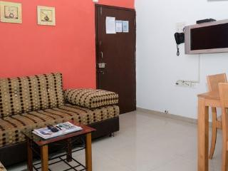 1 BHK Serviced Apartment in Malad West - Mumbai (Bombay) vacation rentals