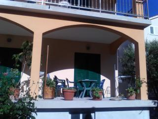 Apartmani anita 2 - Hvar vacation rentals