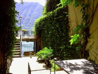 Casa Klimt - Sala Comacina vacation rentals