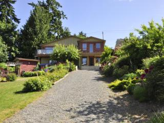 Art Sea Cottage B&B - Gabriola Island vacation rentals