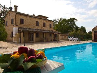 Special Price September-Villa Paradiso - Treia vacation rentals