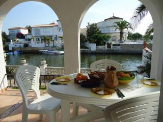 House With Mooring And Garden - HUTG-011093 - Empuriabrava vacation rentals