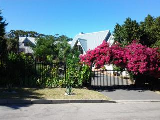The Cottage, Heide Avenue - Somerset West vacation rentals
