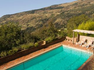 Cortijo Cañada del Reguero, Mountain retreat - Capileira vacation rentals