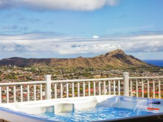 OVH -SPLENDOR ON THE RIDGE W/ VOLCANO&OCEAN VIEW - Honolulu vacation rentals