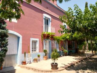 Spanish Farmhouse with Tipi, Cambrils / Reus - Reus vacation rentals