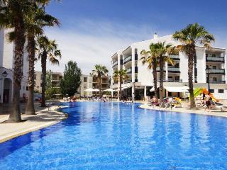 PINS PLATJA 2-4 - Cambrils vacation rentals