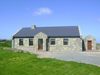 Keeraunmore Ballyconneely Connemara Avail Aug  29 - Ballyconneely vacation rentals