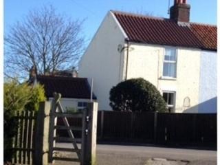Henrys Cottage - Winterton-on-Sea vacation rentals
