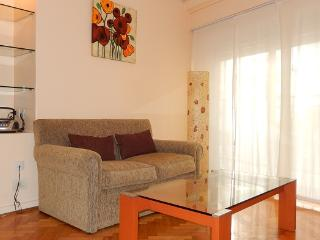 GREAT LOCATION! PALERMO - Güemes Square - - Copacabana vacation rentals