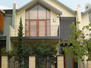 Constitution Lodge - Perth vacation rentals