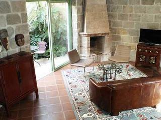 Luxury Apartments in The Heart of Colonial Antigua - Western Highlands vacation rentals