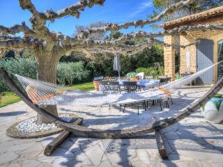 54721 - Les Baux vacation rentals