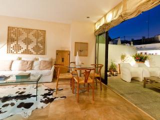 The Marques de Dos Aguas Apartment - Valencia Province vacation rentals