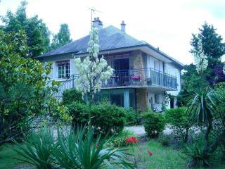 LA FERTOISE Quiet Home - La Ferte-Imbault vacation rentals