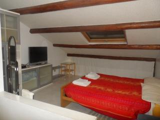 Bedroom for holiday - Pesaro vacation rentals