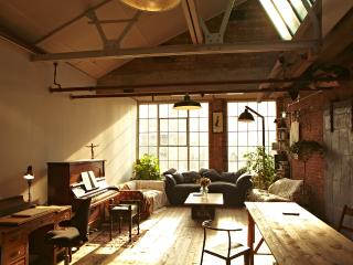 Sunny Warehouse Loft - London vacation rentals