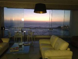 Dúplex con Piscina Playa Caballeros - Lima vacation rentals
