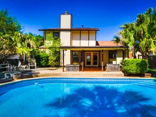 New! Affordable 4 BR w/ Pool in NE San Antonio - San Antonio vacation rentals
