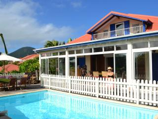 B and B. Orient Bay beach, pool, jacuzzi - Orient Bay vacation rentals