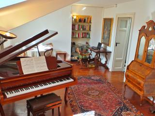 AleEle - in the heart of Ticinese district - Lombardy vacation rentals