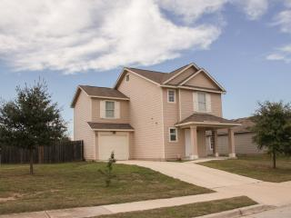 Great Furnished 3 Bedroom Home In Austin - Austin vacation rentals