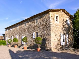 Prestigious property in Provence quit & refinement - Saint-Hippolyte-du-Fort vacation rentals