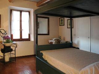 Casale a Poggiano-The Bed and Breakfast in Montepulciano - Montepulciano vacation rentals