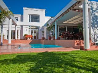Casa Vincenzo, Constantia, Cape Town - Cape Town vacation rentals