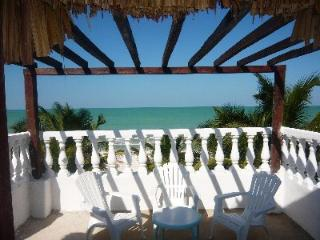Beachfront Casa Maya Lodge, Robinson Crusoe 100% - El Cuyo vacation rentals