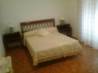 Teatro Cervantes 5 bedroom flat, historic centre - Malaga vacation rentals