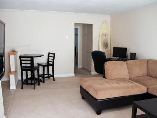 Spacious Condo By The Beach And Bay with Surfboard - San Diego County vacation rentals