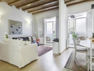 Ramblas Charm - Barcelona vacation rentals