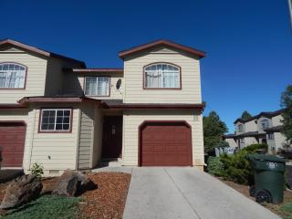 Beautiful Town home in Flagstaff, Arizona - Parks vacation rentals