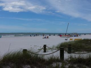 Riptide Condo, Fantastic location, steps to beach - Fort Myers Beach vacation rentals