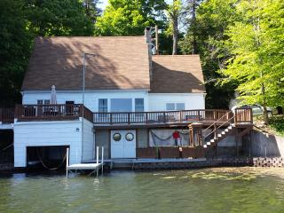 Finger Lake Region (NY State) - Lakefront Cottage - Conesus Lake vacation rentals