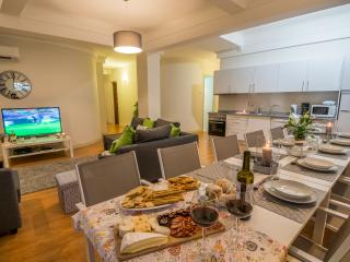 Oporto Lux Townhouse - Porto vacation rentals
