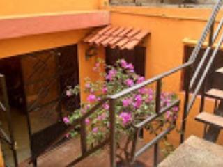 Front door view, - Casita de Amelia in Guanajuato City - Atotonilco - rentals