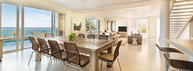 A 7 bedrooms Beautiful villa in Camps Bay; Cepe Town - A 7 bedroom stunning villa in Camps Bay; Cape Town - Cape Town - rentals